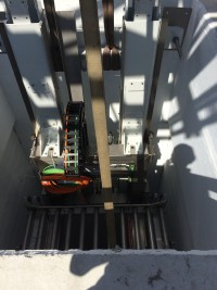 Installation of handling system for palletized load units