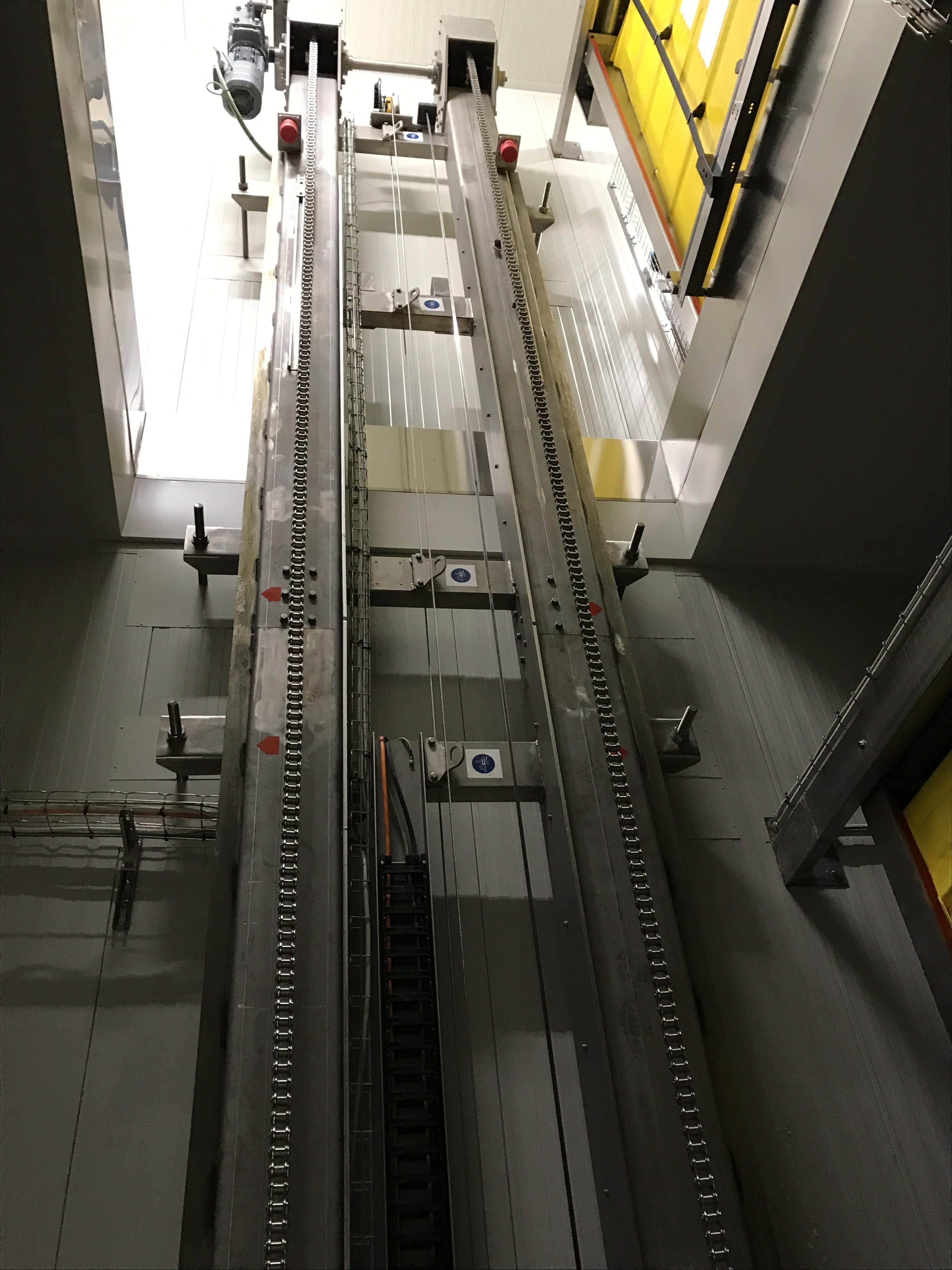 Elevatore bicolonna inox pallet